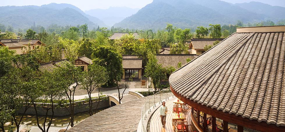 青城山六善酒店外景2
