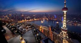 上海浦东丽思卡尔顿酒店夜景