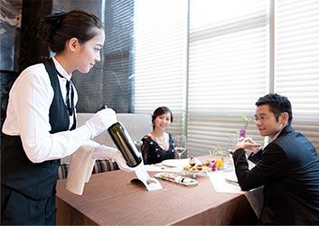 柏栎酒店管理(成都)有限公司